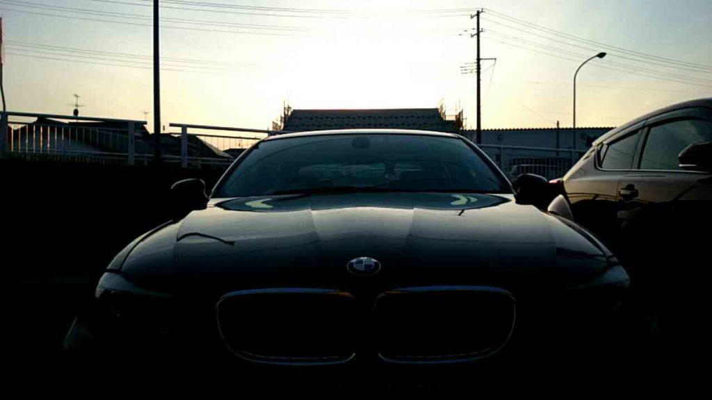 BMW3シリーズの年式と買取相場!高価買取のコツは?